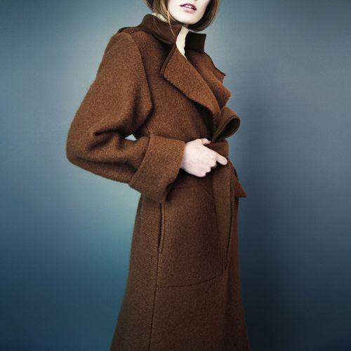 Kjøp mindre – og bedre! Som denne fantastiske kåpen fra den norske designeren Elisabeth Stray Pedersen (ESP)