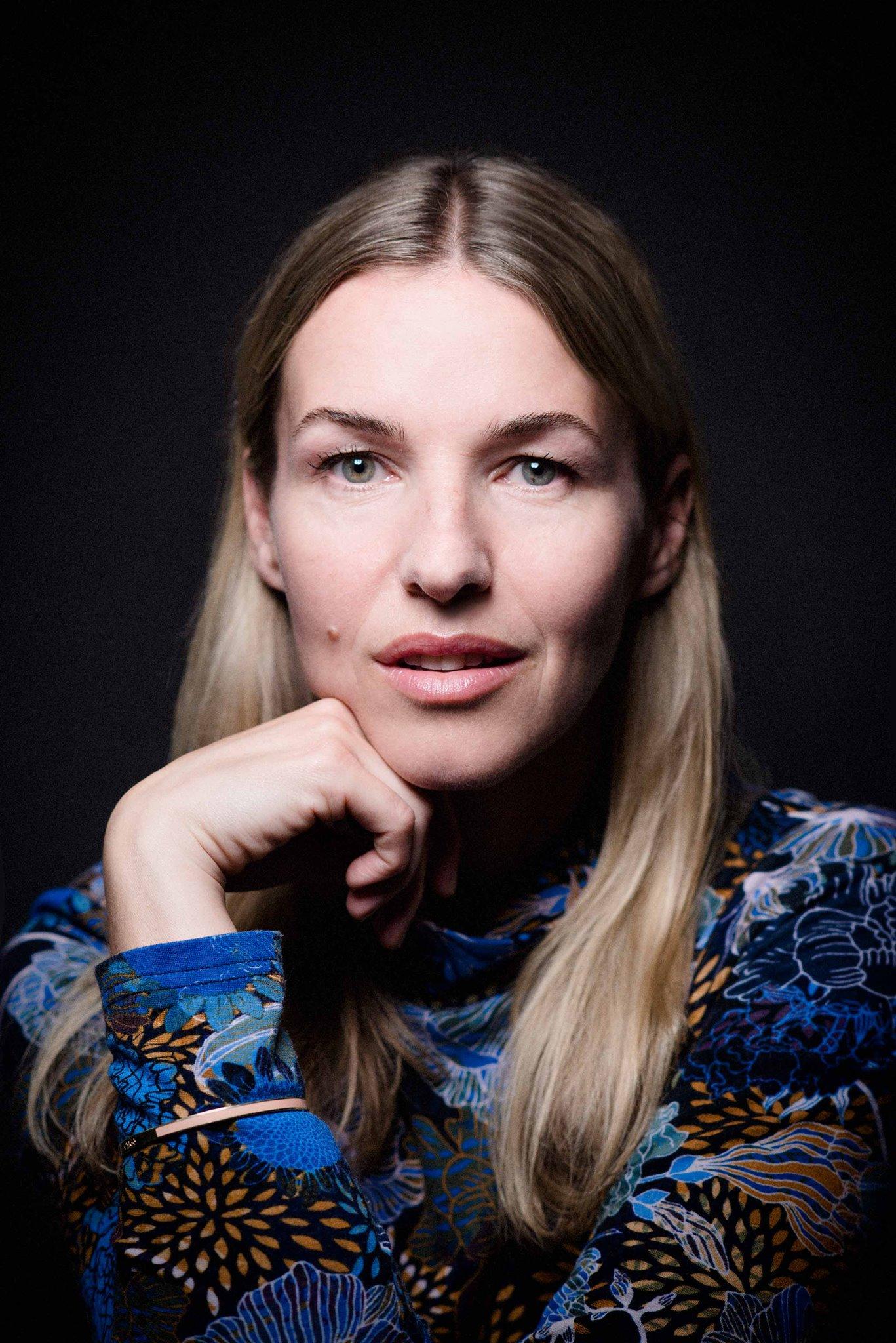 Forfatter Mari Grydeland fotografert av Erika Hebbert.