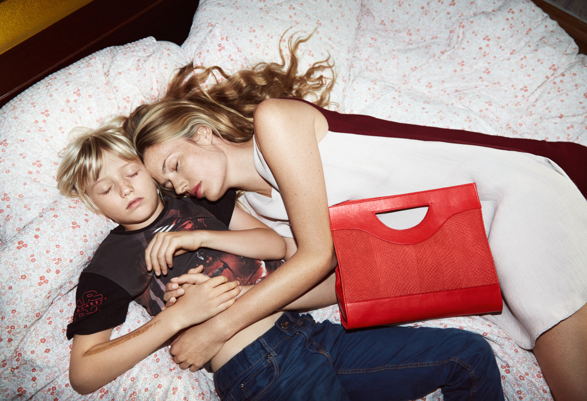 eben-handbags-jenny-red-lofoten