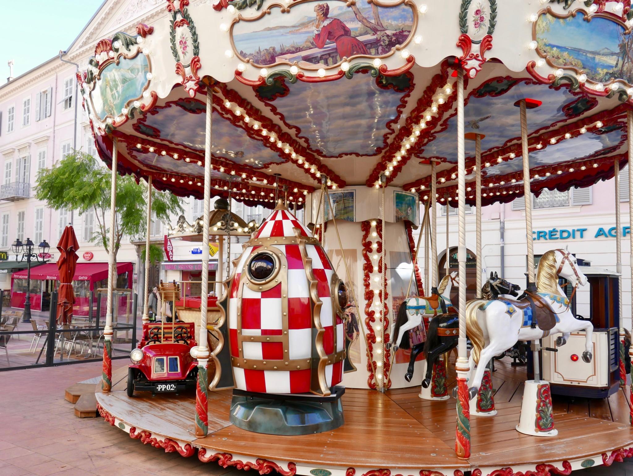 karusell-menton-frankrike-cote-azur