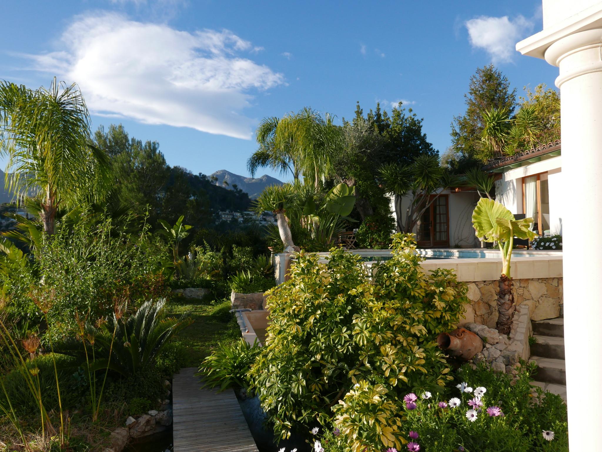 pool-garden-terrasse-menton-cote-azur