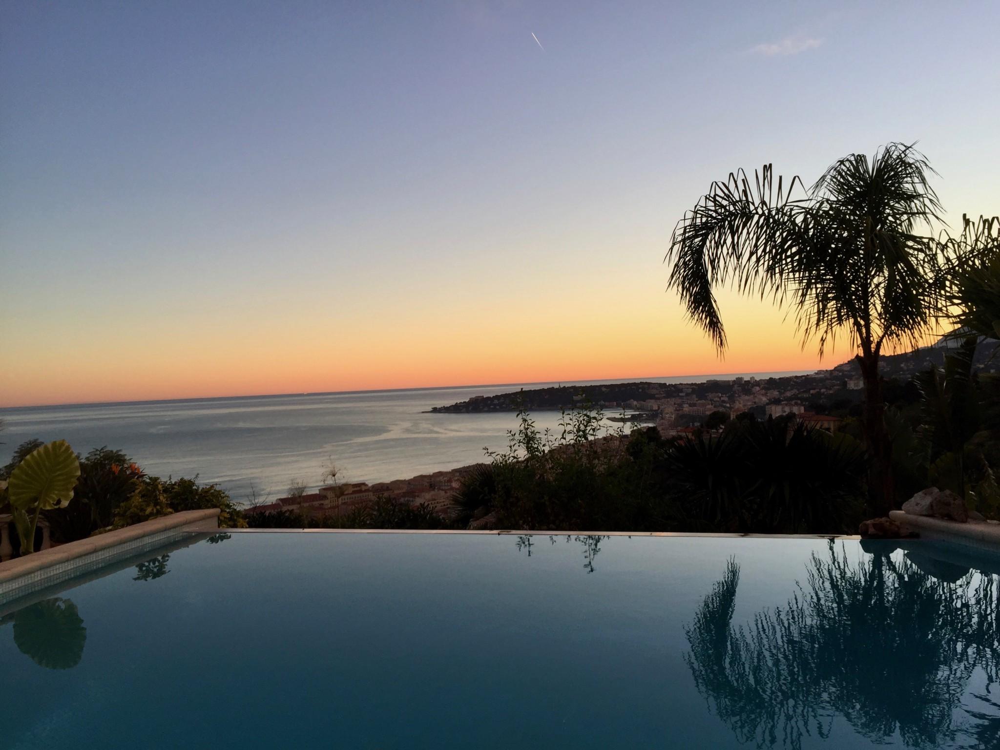 basseng-pool-menton-cote-azur-sunset