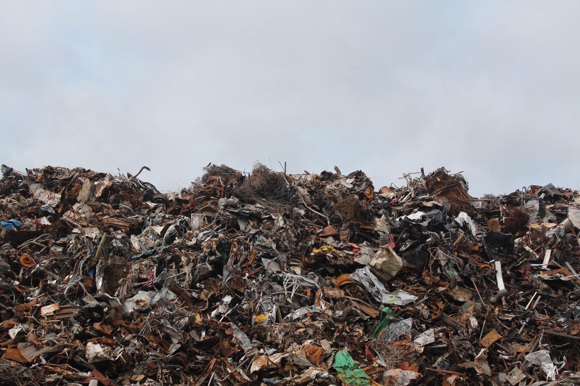 pexels-skraphaug-metall-landfill-søppel