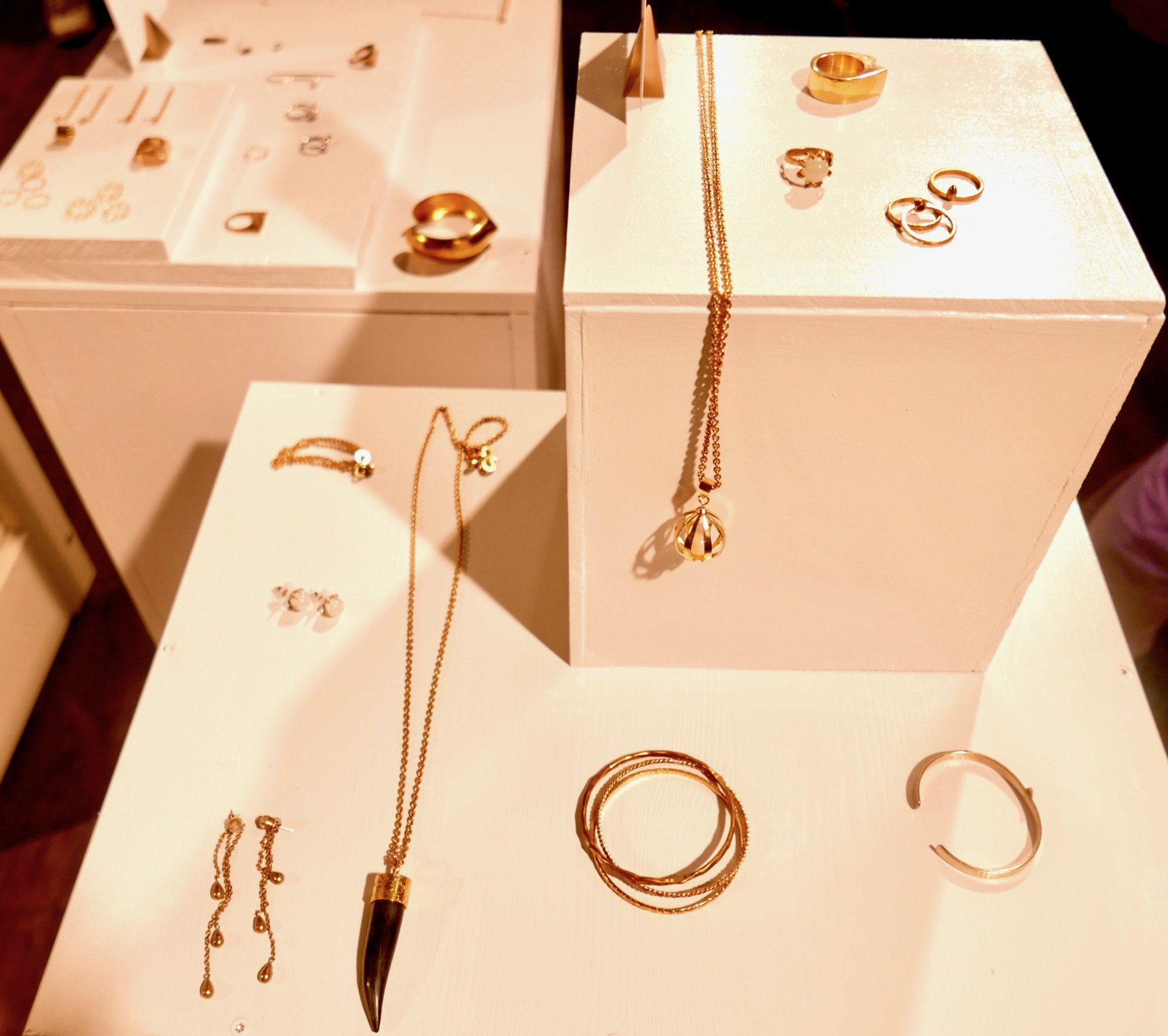 just-fashion-jewellery-sustainable-style