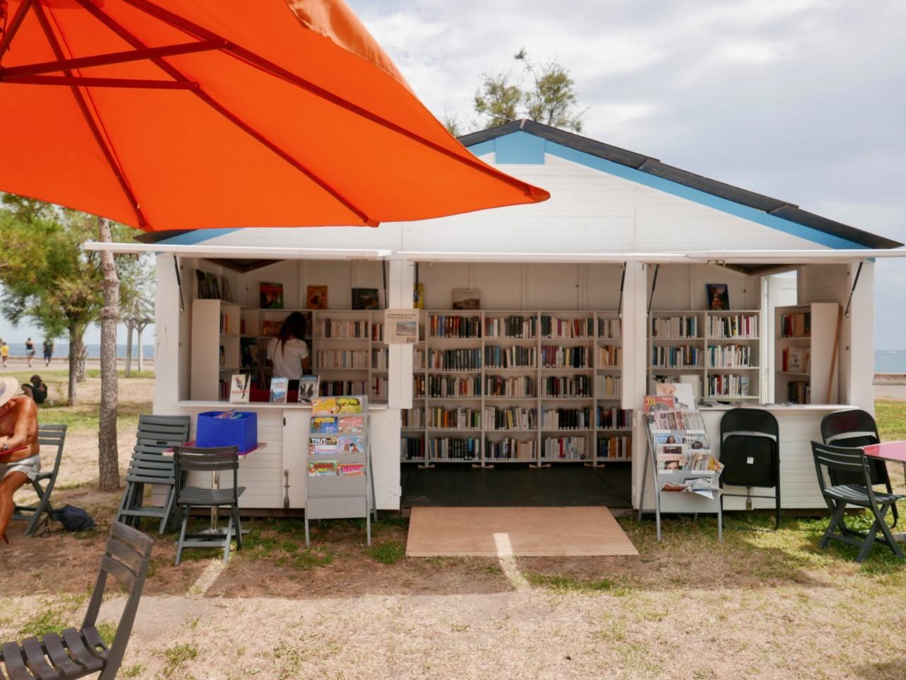 bibliotek-menton-biblioteque-gratis-ting-green-house