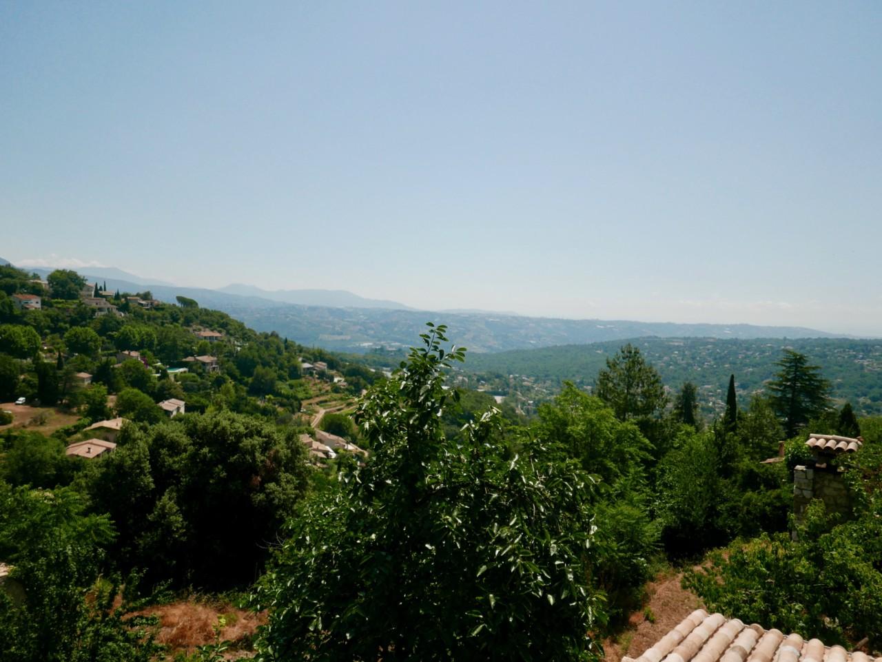 st-jeannet-view-provence-frankrike