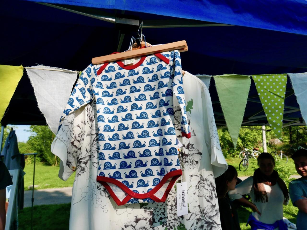 gront-skift-baby-body-okologiske-rettferdige-klar-eco-gronn-festival
