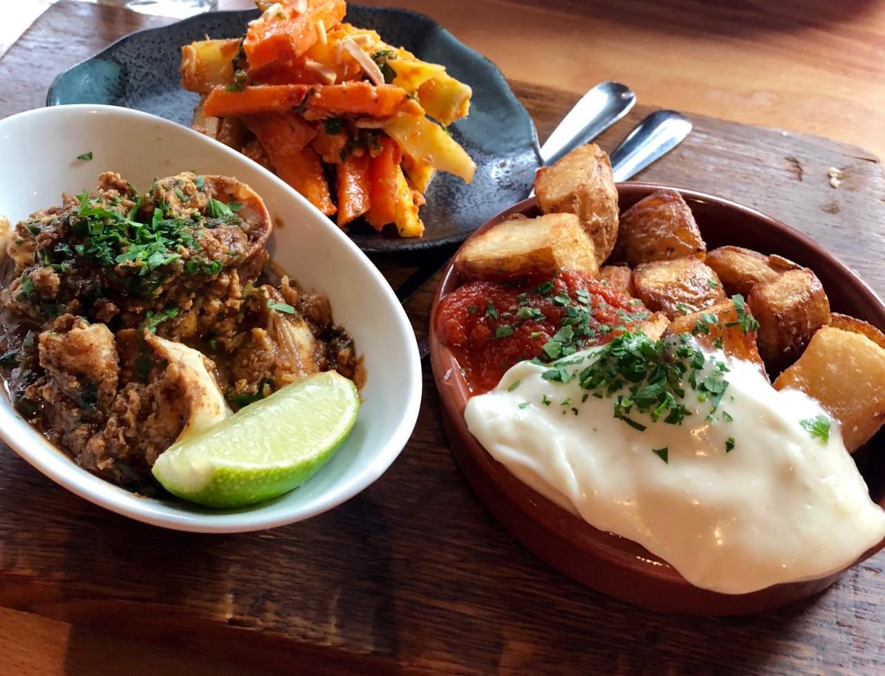 delicatessen-patatas-bravas-tapas-comfort-food