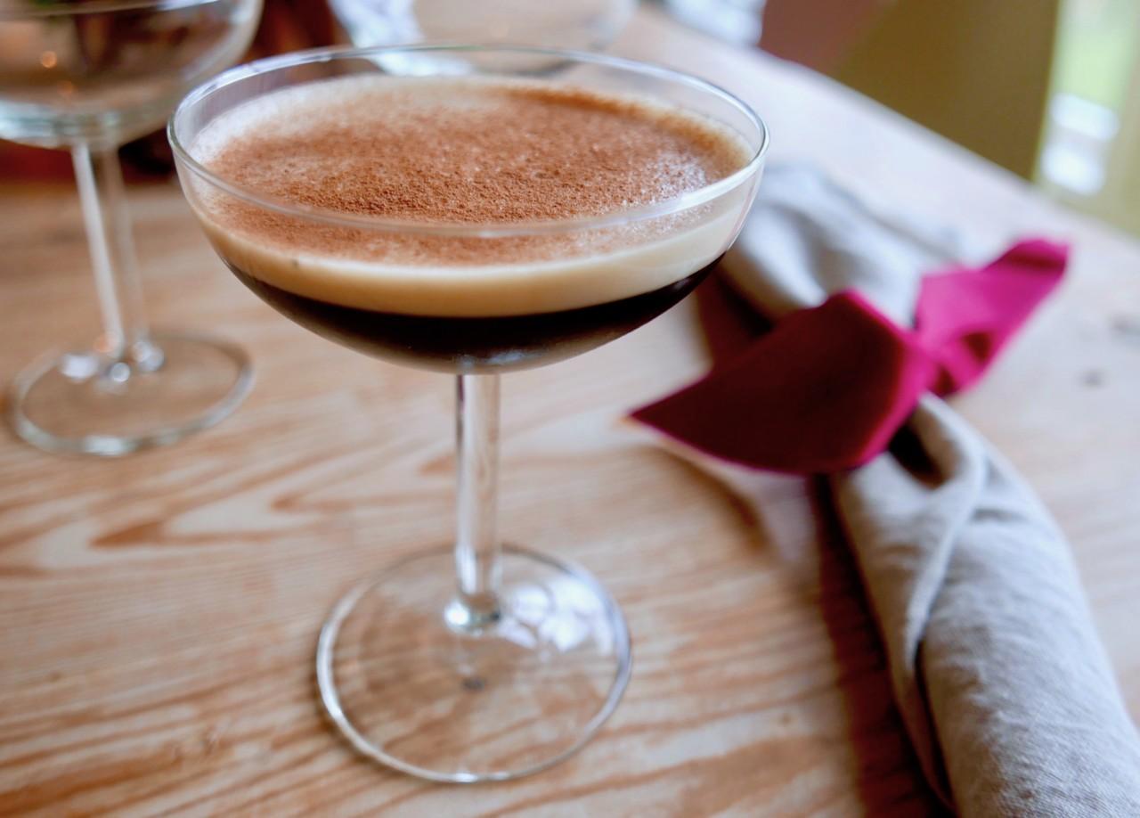 espresso-martini-organic-coffee-drink-green-world