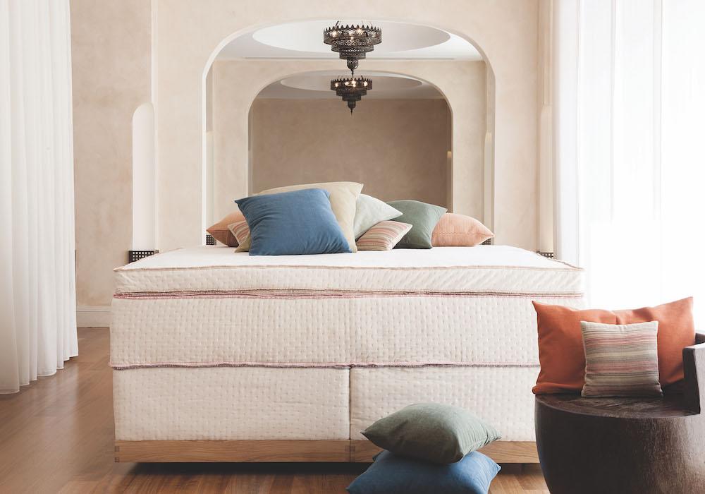 coco-mat-triton-moroccan-interior-green-house-bedroom