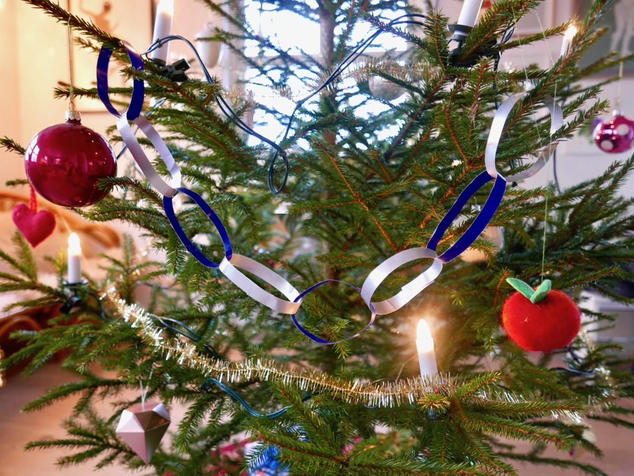 juletre-eple-pynt-lille-julaften-anja-stang