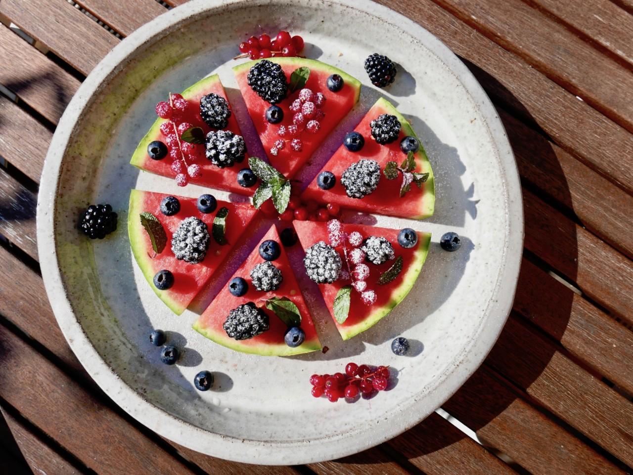 vannmelon-pizza-sommer-baer-mynte-green-house