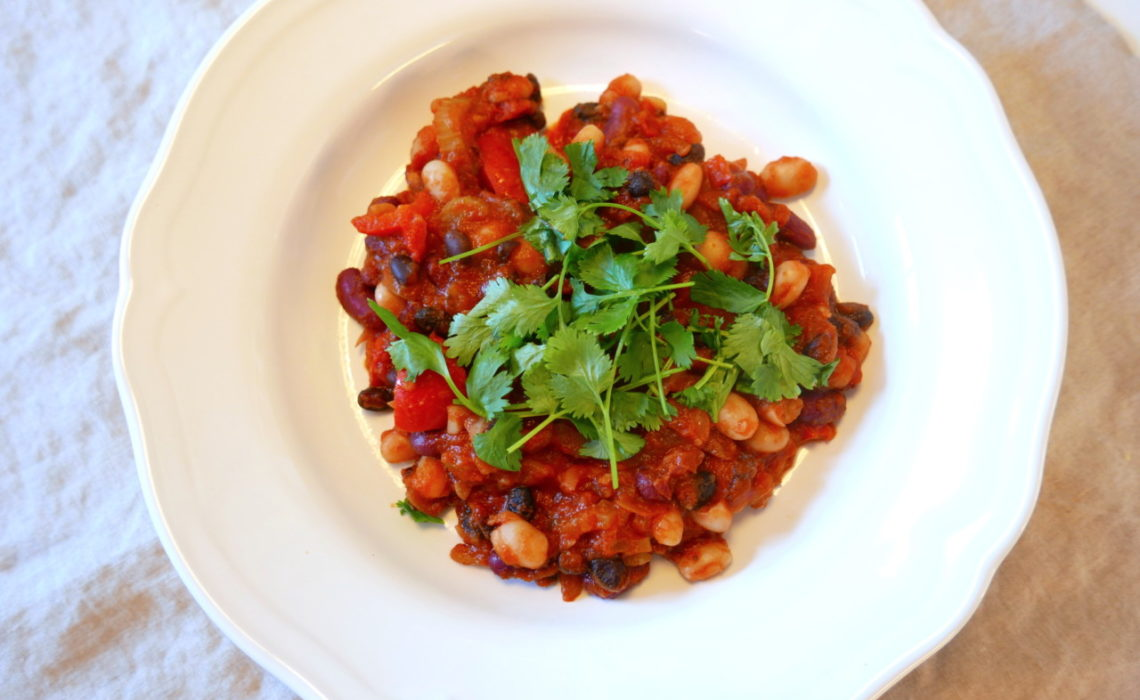 vegan-chili-beans-bonner-green-house