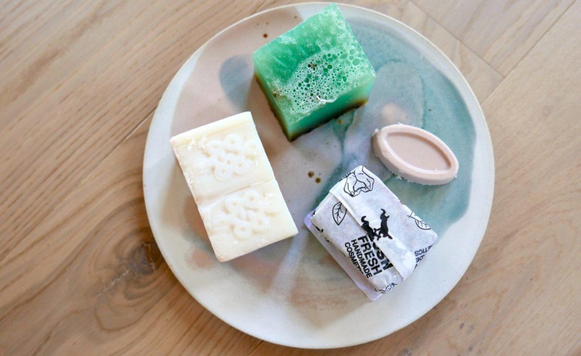 lush-cosmetics-nakne-produkter-emballasje-fritt-zero-waste-green-house