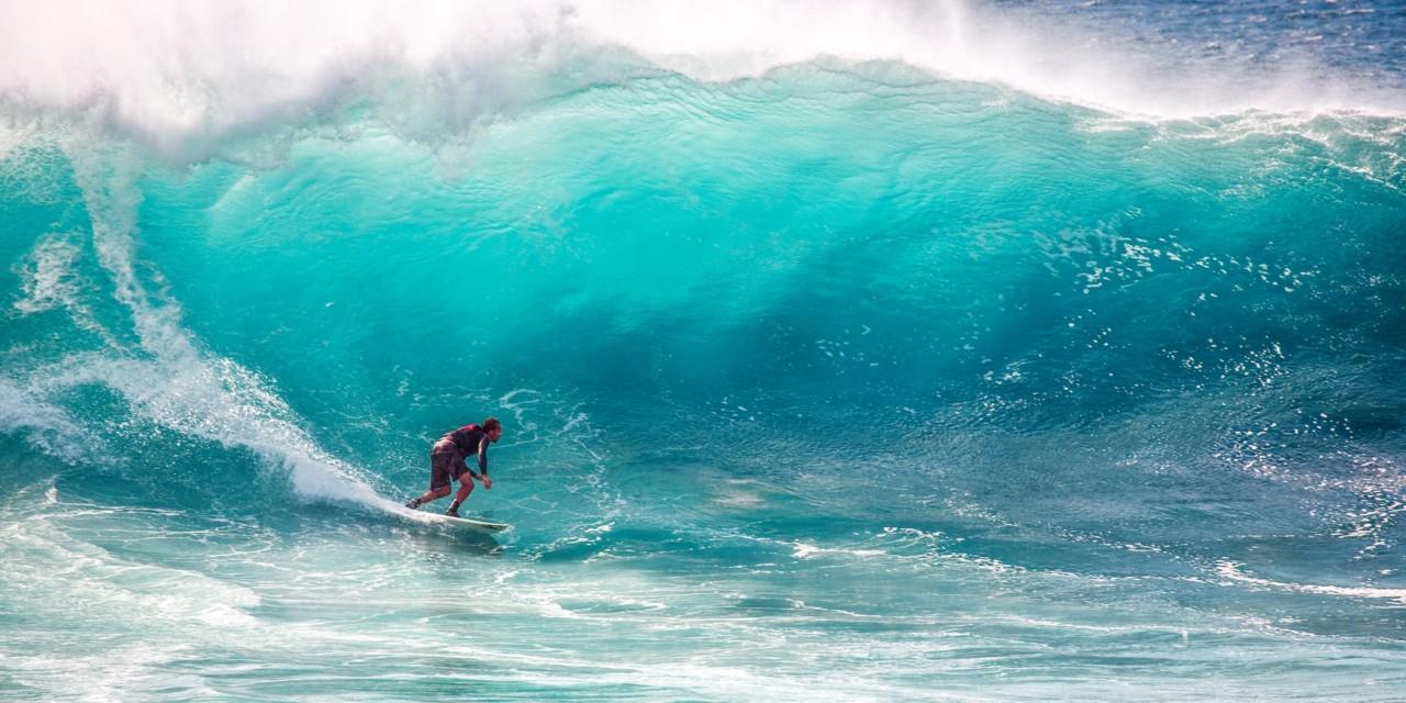 surfere-guppyfriend-mikroplast-i-havet-green-house-reima