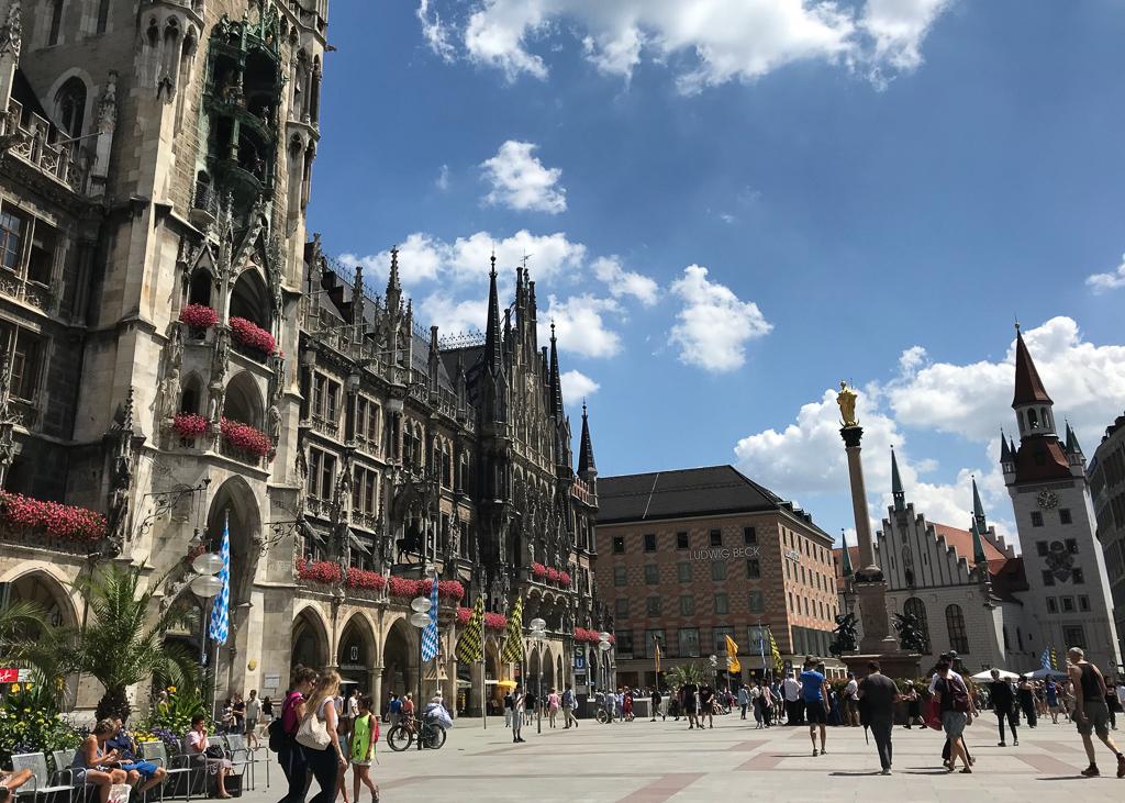 marienplatz-munchen-gronn-guide-green-house