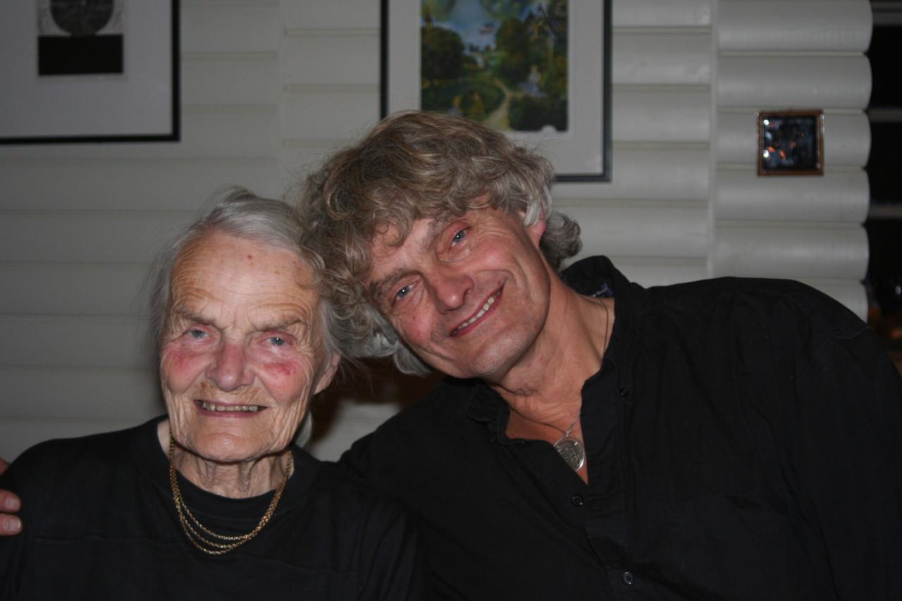 lookalikes-bestemor-far-pappa-sort-farsdag
