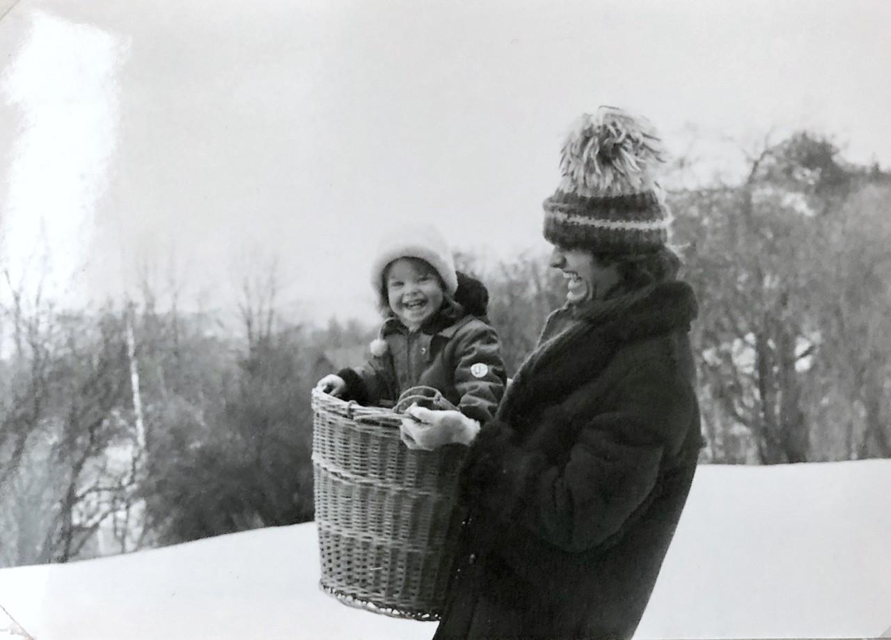 pappa-sno-vinter-lek-minner-farsdag-norge