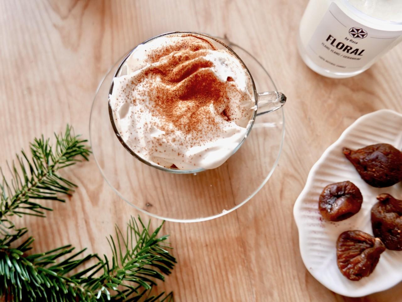 green-world-kaffe-med-krem-fiken-floral-naturales-jul