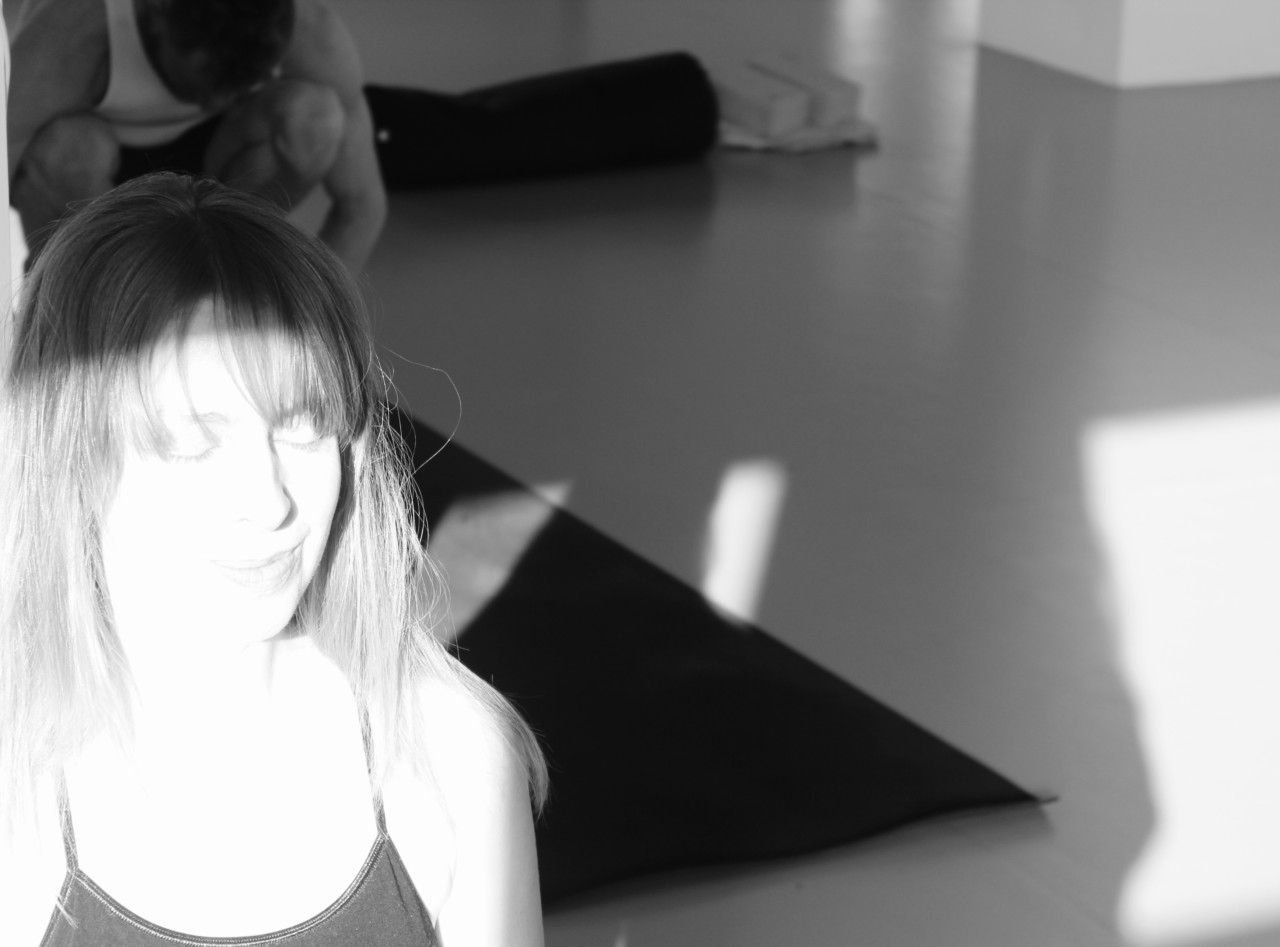 pure-bliss-flyt-studio-fristed-yoga