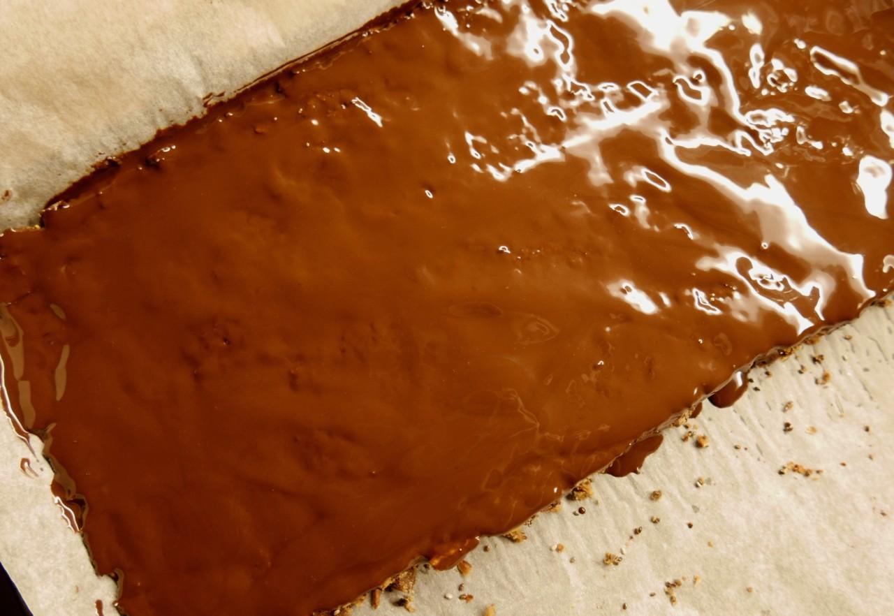 glutenfri-energibar-smeltet-sjokolade