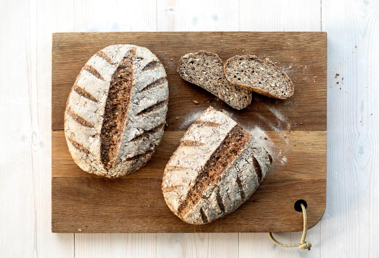 glutenfritt-grovt-brod-grovbrod-sakte-bakst-green-house