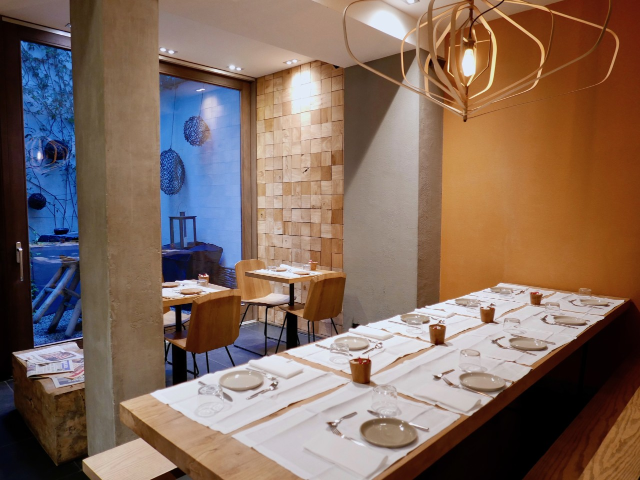 the-hidden-hotel-frokostsal-paris-sustainable-okologisk