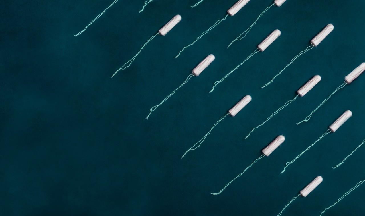 tamponger-tampons-mensbeskyttelse-avfall-waste-menskopp-josefin-unsplash