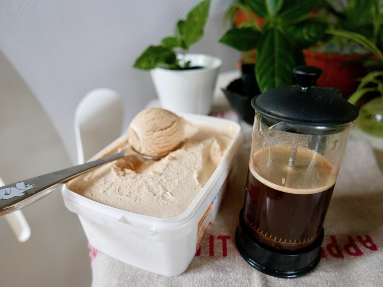 iskaffe-okologisk-iskrem-karamell-green-world