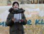 penelope-lea-holder-tale-utenfor-stortinget-klima-aktivist