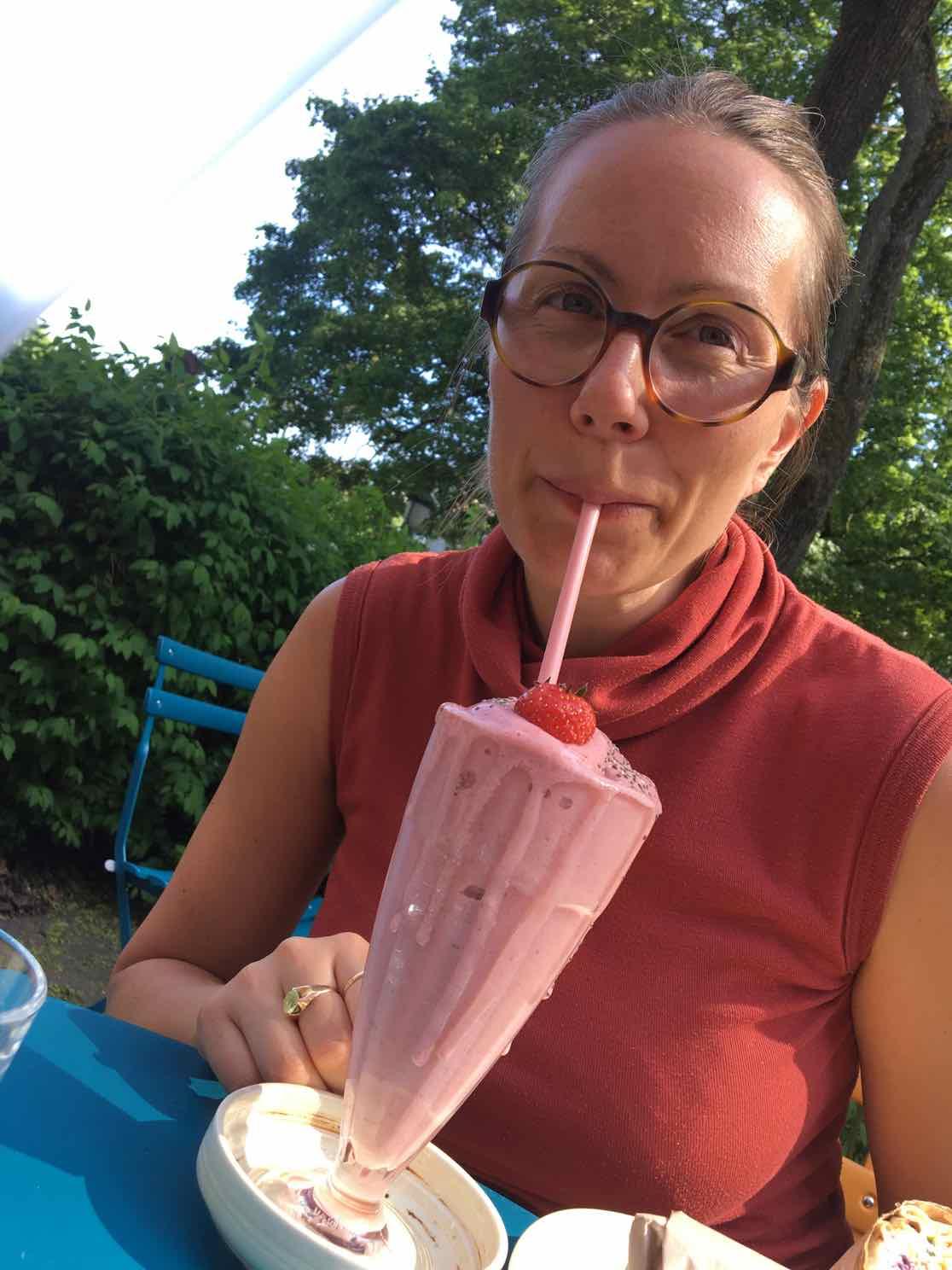 helene-guaker-milkshake-mylk-shake-funky-fresh-foods