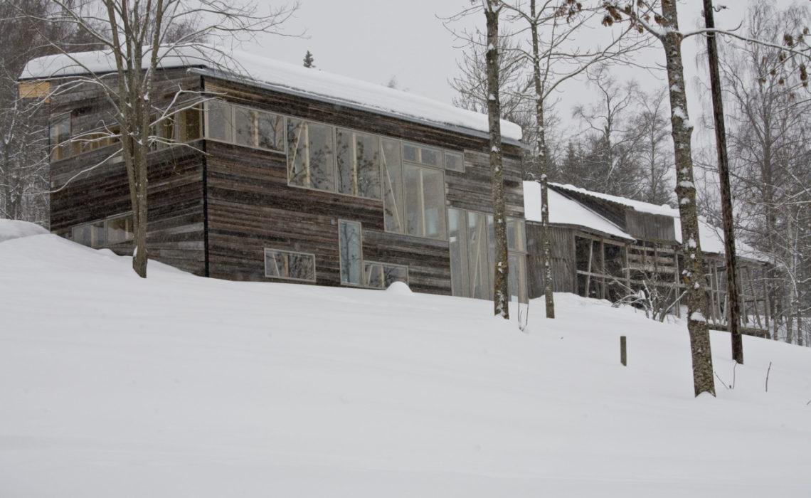 fasade-hus-toten-gjenbruk-miljovennlig-arkitektur-baerekraft
