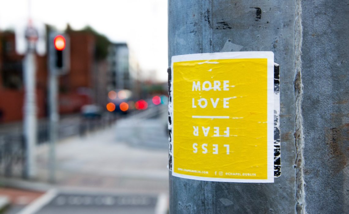 more-love-less-fear-corona-virus-korona-isolering