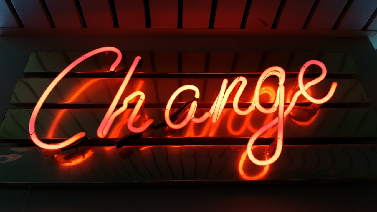 ross-findon-change-systemintelligens-unsplash