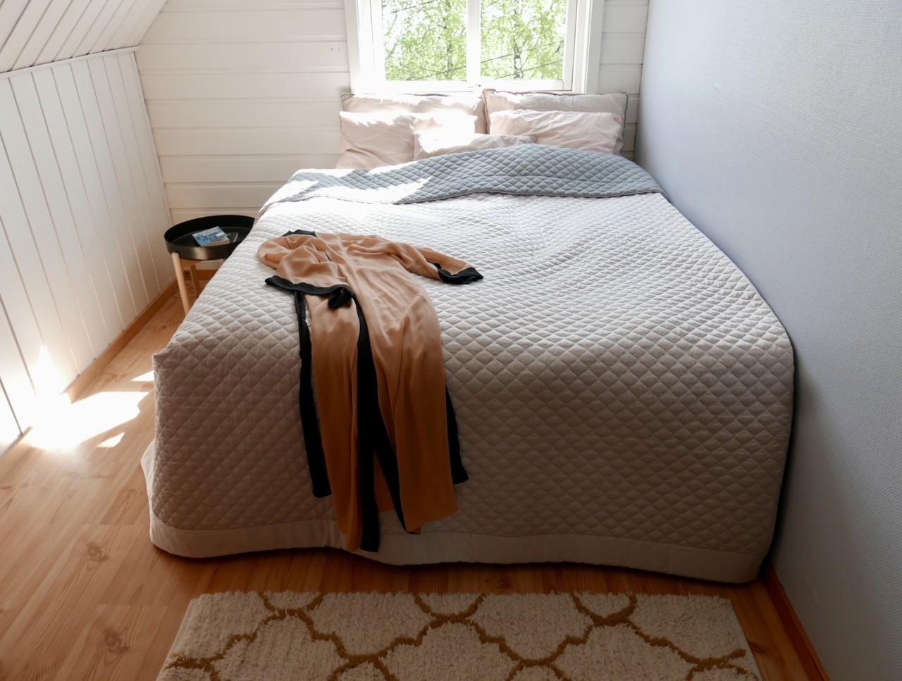 anja-stang-coco-mat-seng-bedroom-soverom-miljovennlig-og-etisk-luksus