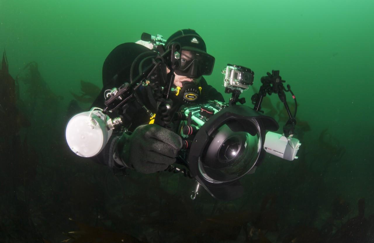 fredrik-myhre-marinbiolog-dykker-foto-uli-kunz