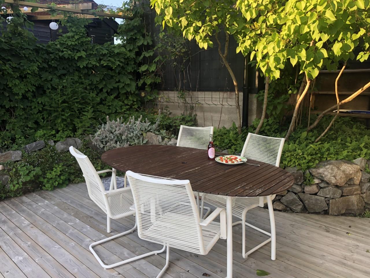 the-first-supper-caprese-flyttekaos-nytt-hjem-terrasse-cider