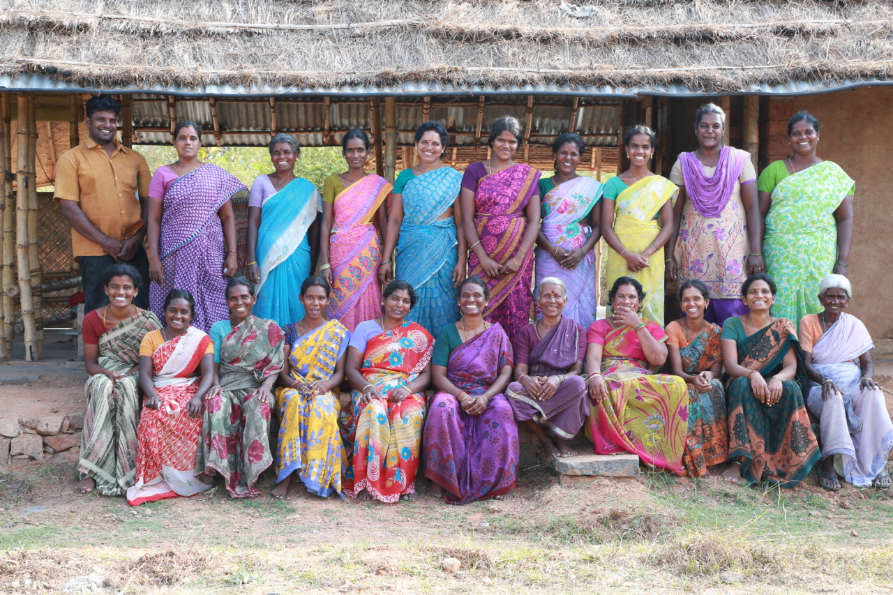 wild-ideas-trust-fabrikk-team-indiske-kvinner-indo-naturals