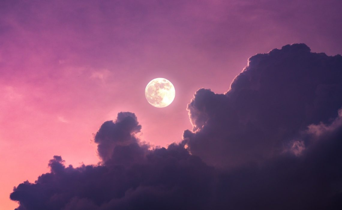 fullmaane-full-moon-ritual-foto-ingmar-unsplash