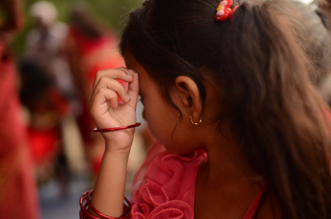 she-is-precious-nepal-jenter-prostitusjon-veldedighet-gave