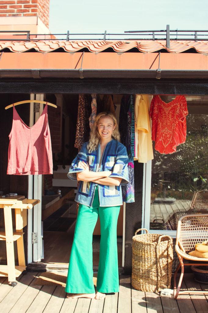 arvede-plagg-vakker-kvinne-greenhouse